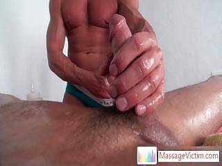 Seth Roberts obtaining his unearth oiled and fucked alongside fleshlight Wits Massagevictim
