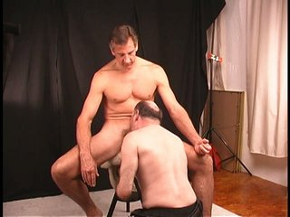 Dude decides to let mature guy drag inflate and rim