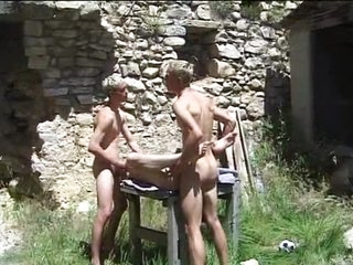 Jizz together with play sex sport near some real young baffle balls!