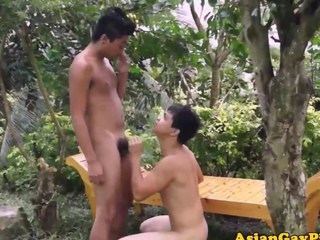 Open-air twinks pissing after cumshots