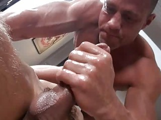 Sexy Twink Gets Sweet Massage Before Abyss Poking