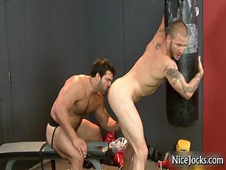 Hot sportswoman gets assfucked at gym unconnected with nicejocks