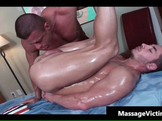 Hot bodied sponger gets oiled for gay rub down