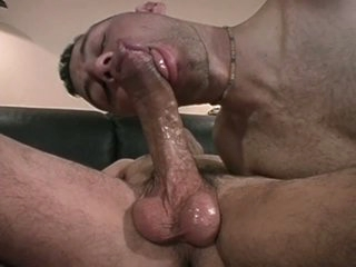 Dispirited gay studs suck with an increment of fuck on bed
