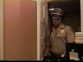 Police fucking an Prise Brigand in his office