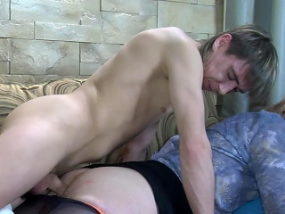 Sleeping guy getting his device blown and prepared be advantageous to anal at the end of one's tether a horny...