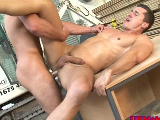Muscled english benders anal going to bed