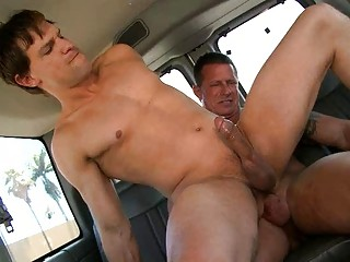 Horny jubilant fella rides straight eternal tool in the car