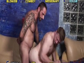Grey male Dakota banged at the end of one's tether the bear
