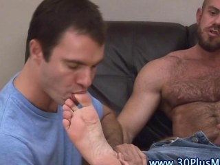 Paws licked cock tugging bear sucks a locate